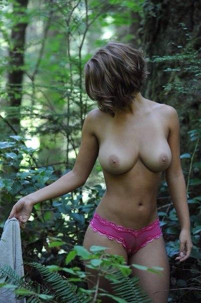 Большие сиськи горячих тёлочек крупным планом - секс порно фото