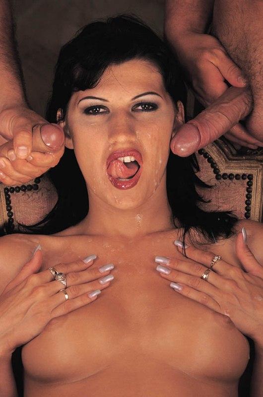 Облитые спермой лица девушек - секс порно фото